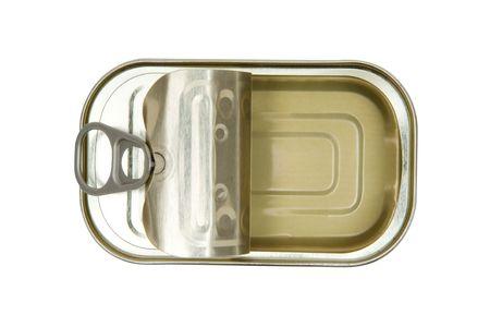 sardinas: Lata vac�a aislada en un fondo blanco. Foto de archivo