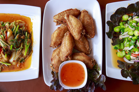 odorous: Thai food is served on the table