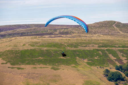 Mam-Tor - Colorful parachute in the Peack District