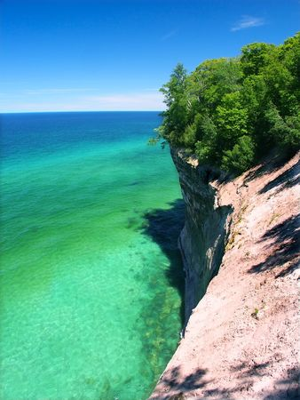 View of Lake Superior from Pictured Rocks National Lakeshore in Michigan. Banque d'images