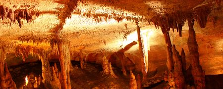 Amazing underground cave formations of Rickwood Caverns in Alabama photo