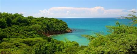 Costa caribeña en la reserva bosque seco de Guanica - Puerto Rico Foto de archivo - 8773742