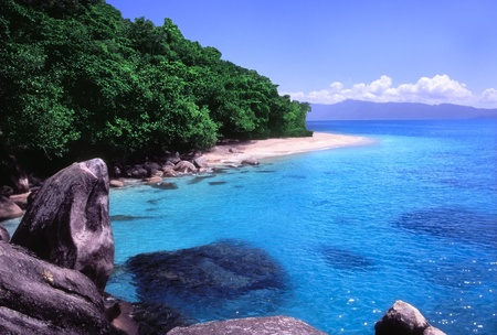 fitzroy: Spectacular clear waters of Nudey Beach on Fitzroy Island, Queensland - Australia