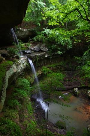 cane creek: Tall waterfall - Alabama