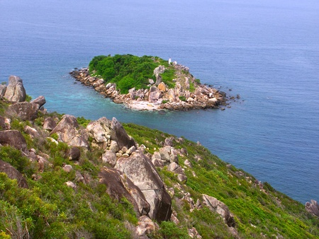 View of Little Fitzroy Island from Fitzroy Island in Queensland, Australia Stock Photo - 10445559