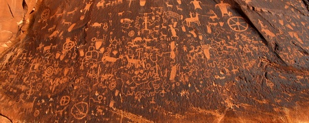 ideogram: Panoramic view of the petroglyphs on Newspaper Rock in Utah - USA