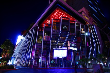 Las Vegas, USA - November 30, 2011: The Cosmopolitan of Las Vegas is a casino and hotel that opened in 2010 on the famous Las Vegas Strip.  Pictured here is the entrance on the corner of Las Vegas Boulevard. Editoriali