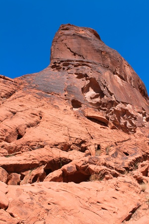 Giant red rock pinnacle at Valley of Fire State Park in Nevada Stock Photo - 12885437