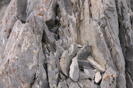 Large rocks found in the mountains of Nevada Stock Photo - 13405050