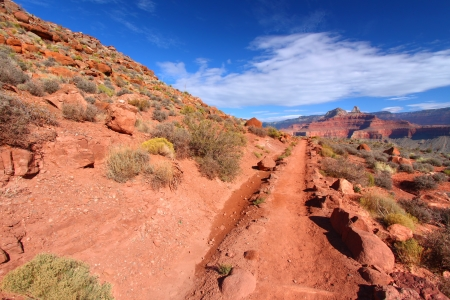 south kaibab trail: South Kaibab Trail makes its way down into the Grand Canyon in northern Arizona Stock Photo