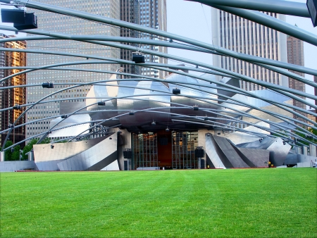 Chicago, USA - June 07, 2005: The Jay Pritzker Pavilion hosts various musical acts in Chicago.  It is part of Millennium Park and was opened in 2004. Stock Photo - 16377625
