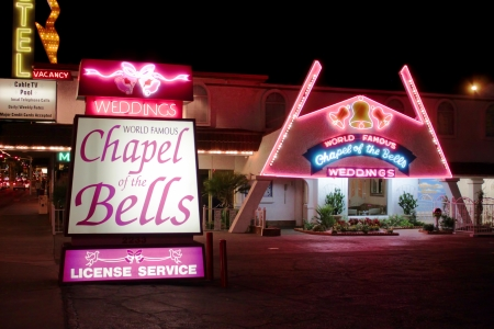 Las Vegas, USA - August 26, 2009: Chapel of the Bells in Las Vegas is a wedding chapel and has been in business over 50 years. Éditoriale