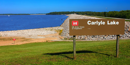 corps: Carlyle, USA - May 18, 2014  Carlyle Lake is the largest body of water in Illinois   The recreation area seen here near the dam is operated by the Army Corps of Engineers  Editorial