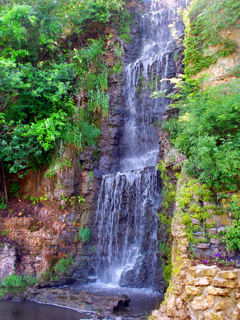 freeport: Beautiful waterfall flowing at Krape Park in northern Illinois Stock Photo
