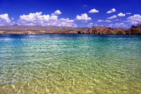 Lake Mohave Strand in der Wüste im Südwesten der Vereinigten Staaten. Standard-Bild - 36095261