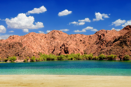colorado river: Lake Mohave beach on the Colorado River in the desert of the southwestern United States Stock Photo