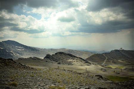 Montañas de Sierra Nevada en Granada, España. Finales de verano.
