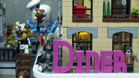 VALENCIA, SPAIN - Aug 08, 2019: Diner, scene with lego characters including Kiss and Michael Jackson Redactioneel