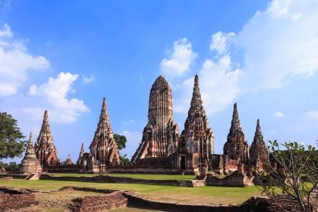 ayuthaya: Wat Chaiwatthanaram, a famous ancient temple in Ayutthaya, Thailand