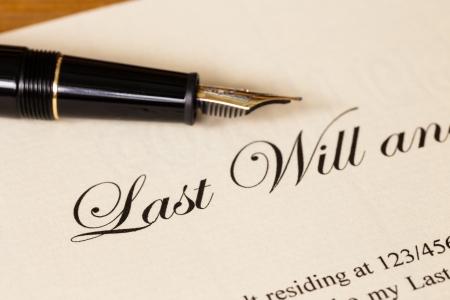 Letzter Wille und Testament mit Stift Konzept für Rechtsdokument Standard-Bild - 25172268