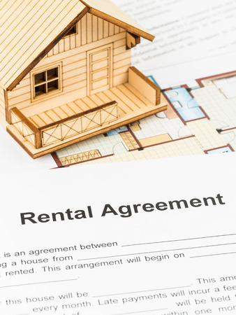 House rental agreement document
