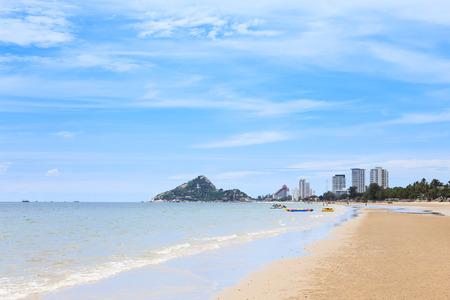 hua hin: Hua Hin beach on sunny day