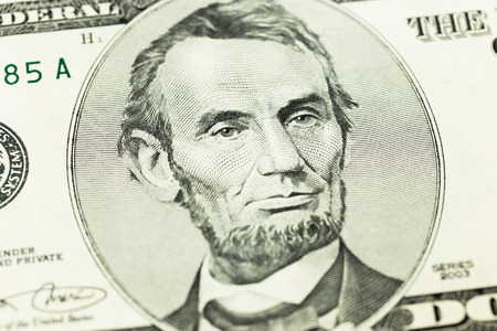 abraham lincoln: Abraham Lincoln on 5 dollar banknote