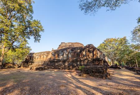 rob: Wat Chang Rob, Kamphaeng Phet Historical Park, Thailand