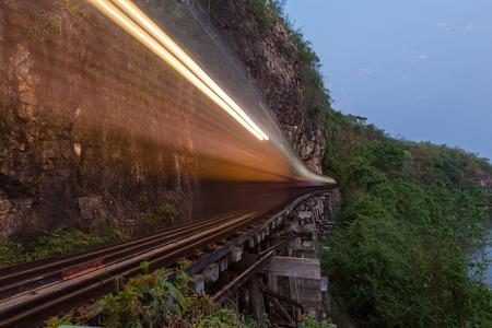 kanchanaburi: Krasae Cave bridge, Thailand-Burma Death railway, Kanchanaburi