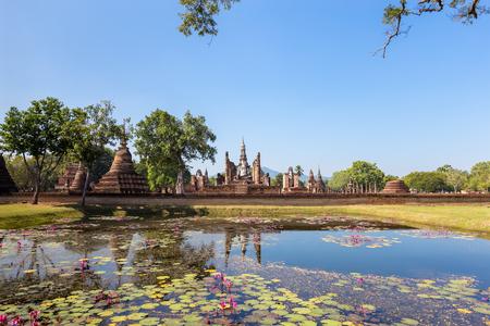 maha: Wat Maha That, Shukhothai Historical Park, Thailand