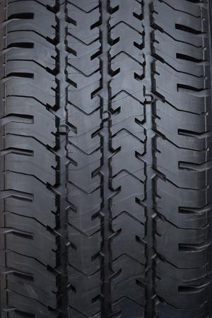 rodamiento: Del dibujo del neum�tico de rueda de coche con textura de primer plano Foto de archivo