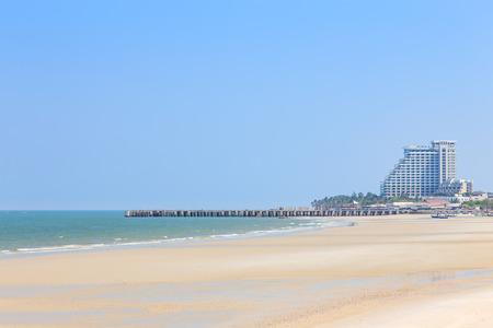 hua hin: Hua Hin beach with clear blue sky