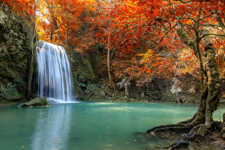 Erawan Waterfall tier 3, in National Park at Kanchanaburi, Thailand Banco de Imagens
