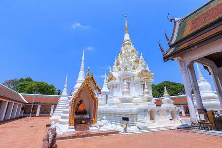 Buddha relic pagoda stupa at Wat Phra Borommathat Chaiya Worawihan, Surat Thani 写真素材