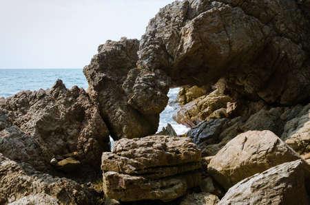 The Big Rock on the Coastline. Foto de archivo