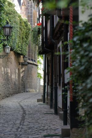 erfurt: Narrow alley in Erfurt Stock Photo