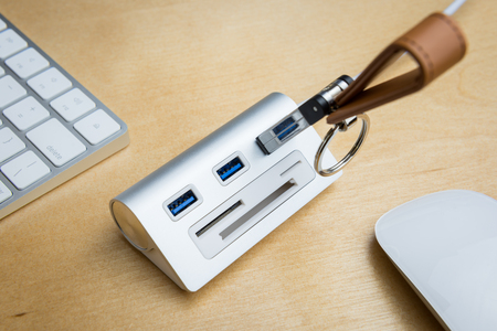 sd: silver usb 3.0 extender with universal memory card slots hub, SD card, mini SD card, CF card