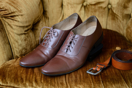 long toes: Men accessories, Brown leather medallion toe wholecuts shoes