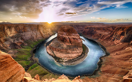 Sunset moment at Horseshoe bend, Colorado River, Grand Canyon National Park, Arizona USA