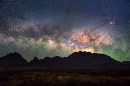 빅 벤드 국립 공원, 텍사스 미국에서 밀키 방법. 별자리와 은하계