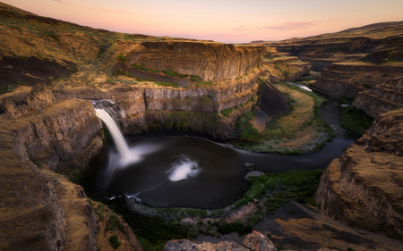 Sunset sky at Palouse Falls State Park, Washington state, USA