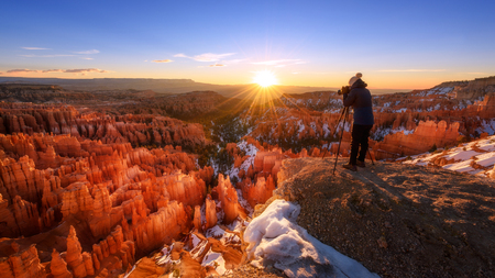 Sunrise in Bryce Canyon National Park, Utah, America Imagens