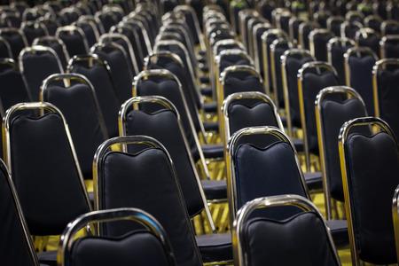 Banquet chair placed in a row. Standard-Bild - 101846028