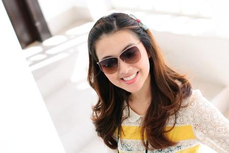 Portrait woman wear sun glass
