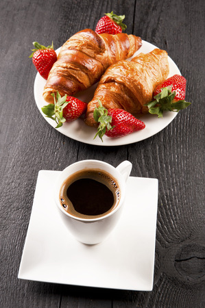 cafe and croissant photo