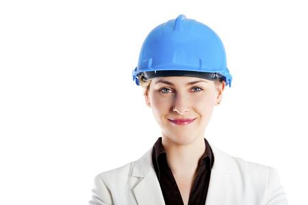 foto van vrouwelijke aannemer of architekt met harde hoed op witte achtergrond