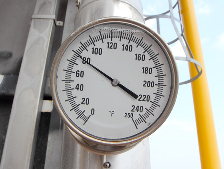 Temp gauge for measuring temp in the system, Oil and gas process used t gauge to monitor temp condition inside the systememp