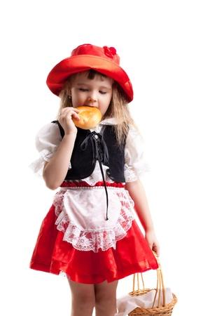 caperucita roja: Niña en el carnaval de trajes aislado en blanco