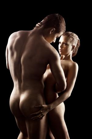 homme nu: Corps de la femme beaut� nue comme la statue de m�tal avec du m�tal de maquillage