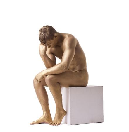 uomo nudo: Forte uomo, ritratto, nudo in studio isolato